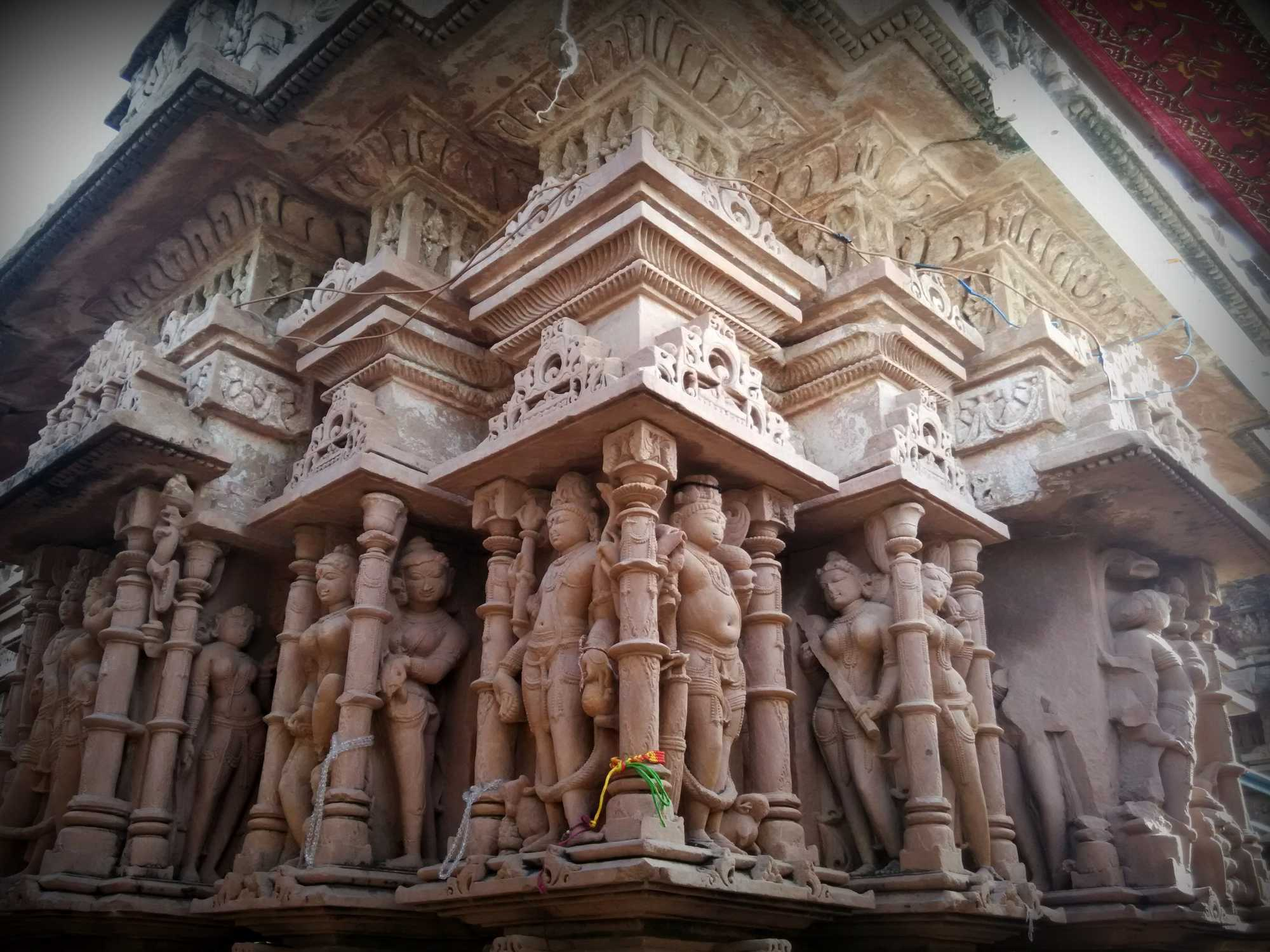 What are must see places in Jodhpur?
