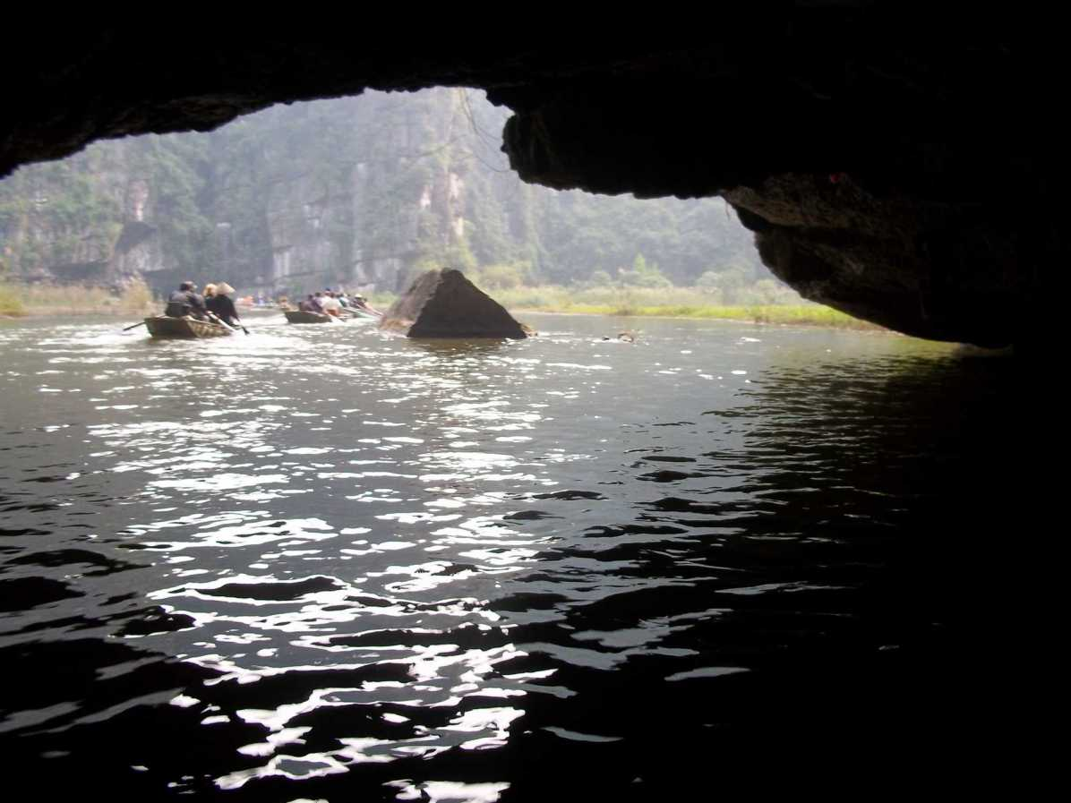 What are the things to do in Ninh Binh near Hanoi?