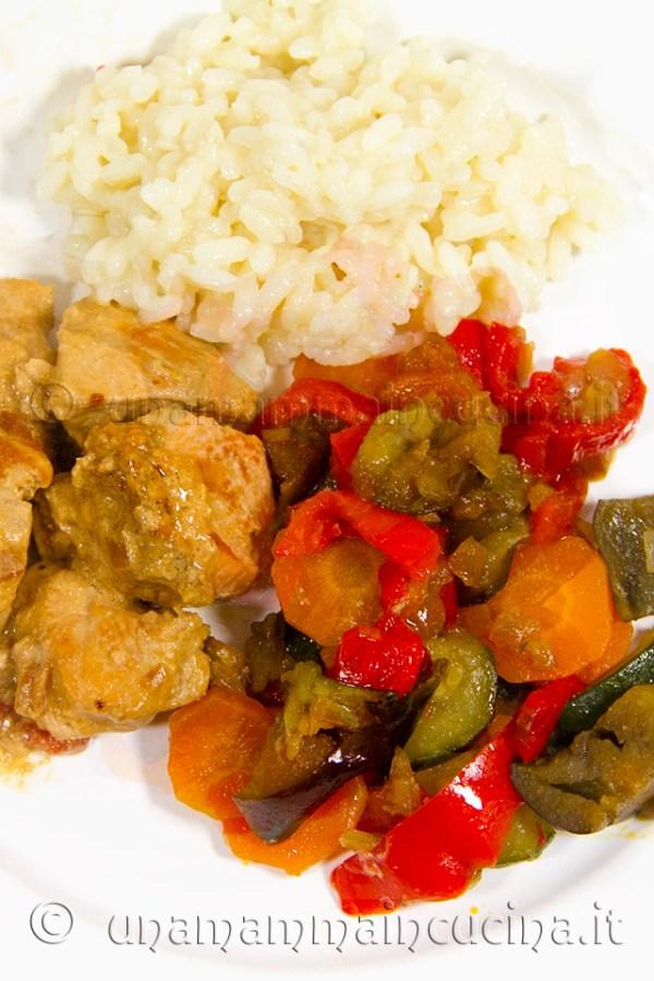 Ratatouille di verdure in padella piatto cotte pp - Ricetta di unamammaincucina.it