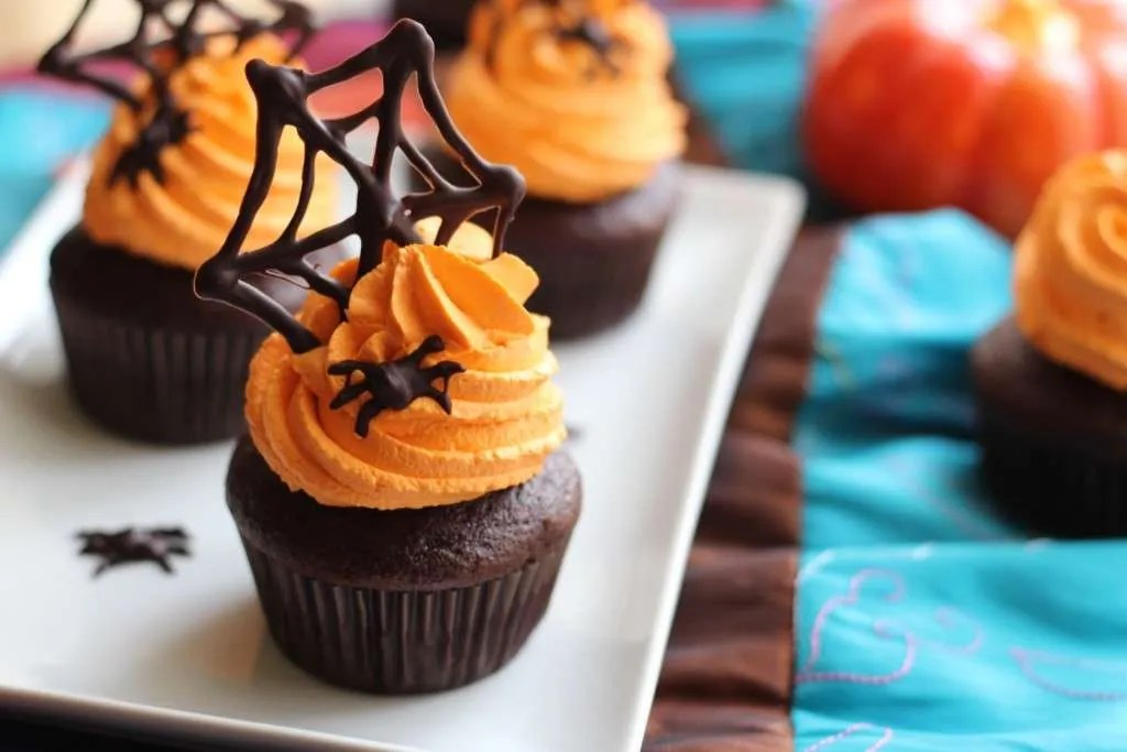 halloween_cupcakes_c