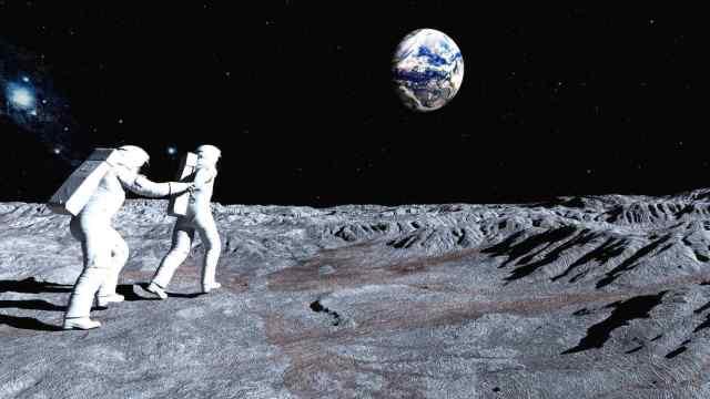 Turismolunar-realidad-2-UNAMGlobalR-Follow me on the Moon