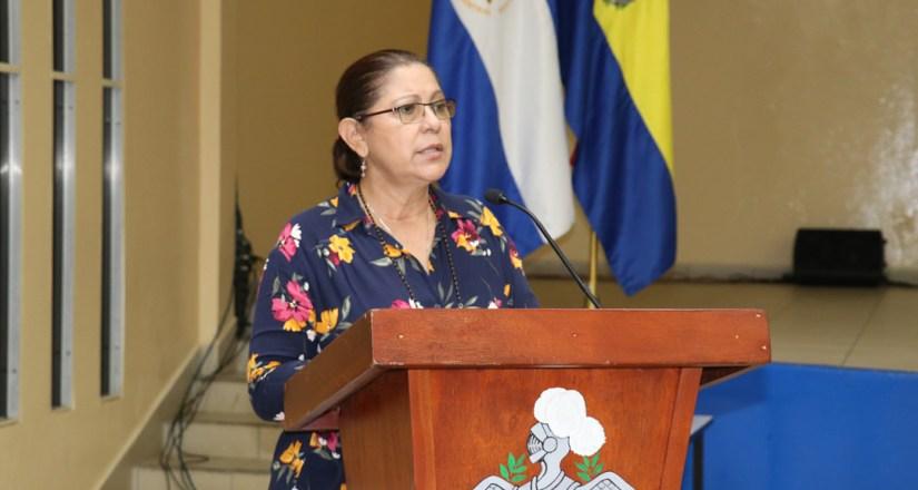 Rectora de la UNAN-Managua inaugura el diplomado