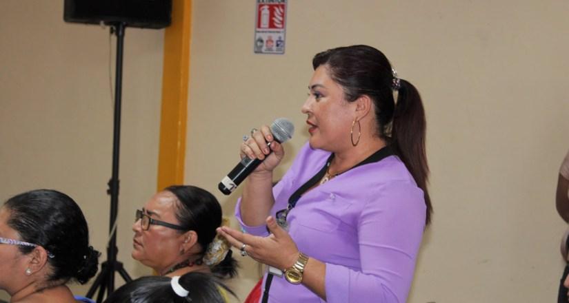 MSc. Mabel Catalina Gaitán Baltodano, docente de la Dirección de Cultura y del Departamento de Español.