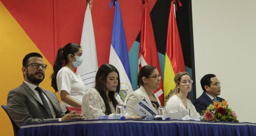 Autoridades que presidieron el acto de inauguración del CNIA.