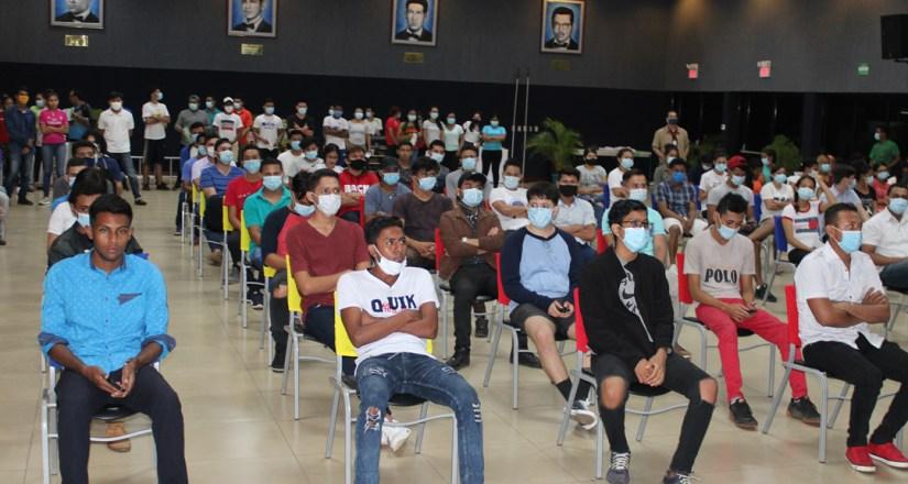 Becados Internos de la UNAN-Managua participaron en la Jornada Carlos Martínez