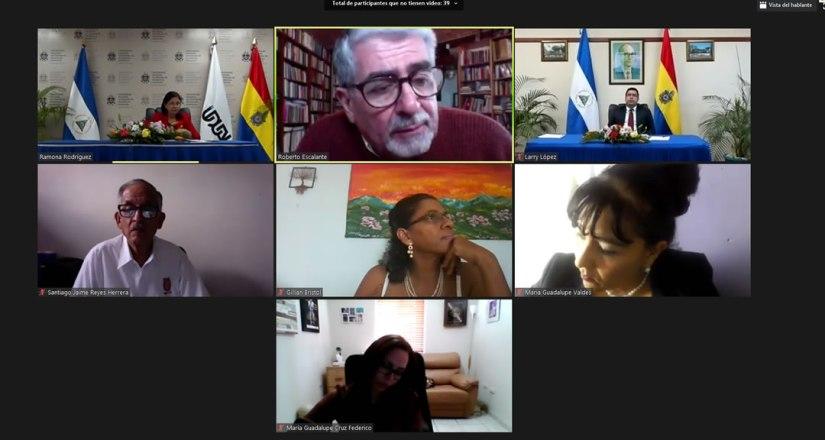 Académicos participaron en el panel sobre prospectivas de cooperación de las regiones