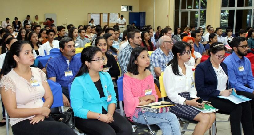 142 fue el número de participantes del II Congreso Estudiantil del Laboratorio de Biotecnología.