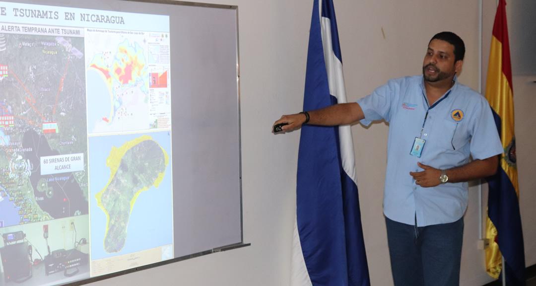 Presentan planes de respuesta ante erupción volcánica