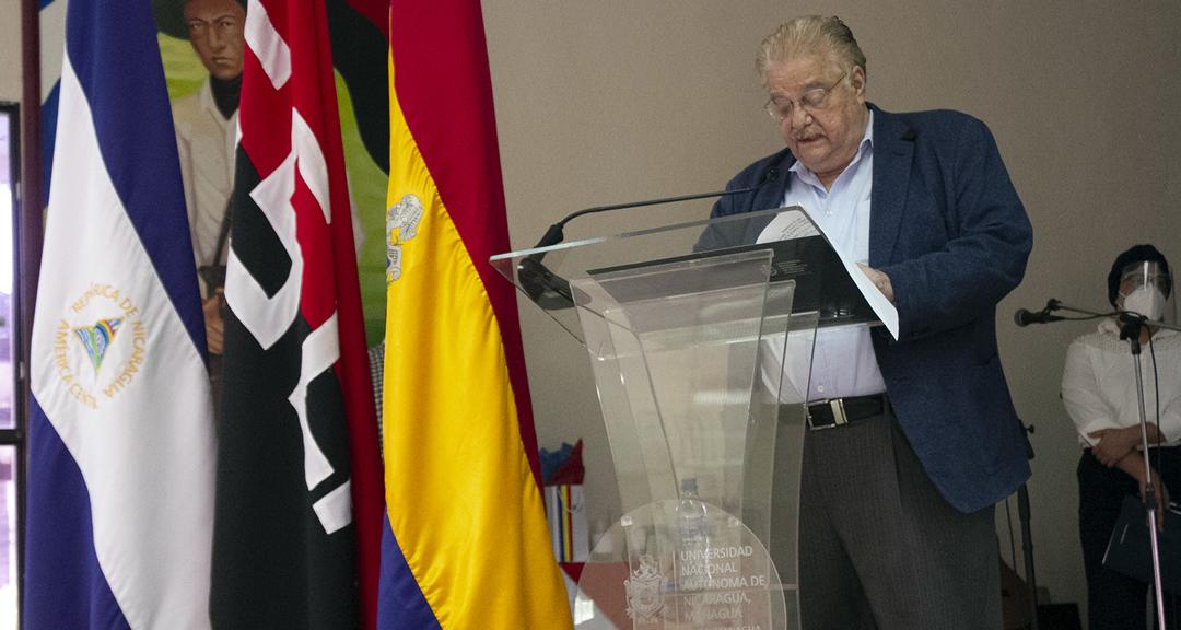 FAREM-Estelí, sede de la presentación del libro Equilibra, del doctor Paul Oquist Kelly