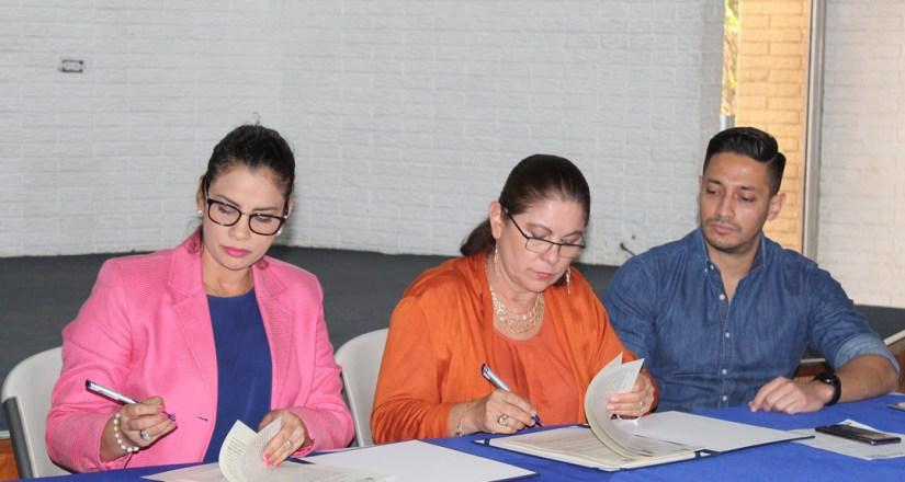 UNAN-Managua y Alcaldía de Managua formalizan relaciones con la firma de dos convenios