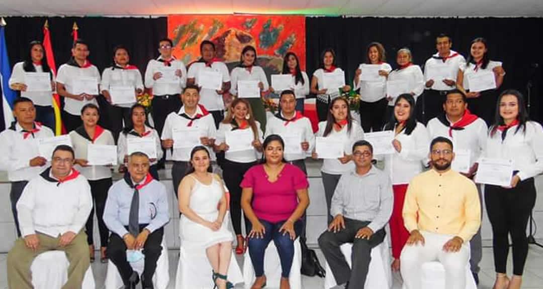Protagonistas de Carazo culminan diplomado en Emprendimiento e Innovación para el sector PYME