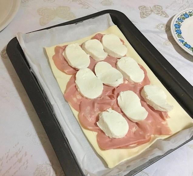 RUSTICO prosciutto e formaggio 2