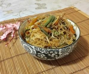SPAGHETTI CINESI CON VERDURE COME AL RISTORANTE (senza glutine)