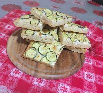 Focaccia con Zucchine o Patate 4