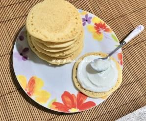 PANCAKES PROTEICI CON FARINA DI CECI (senza uova, latte e glutine)