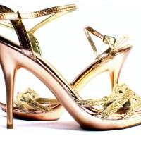 Come abbinare i sandali