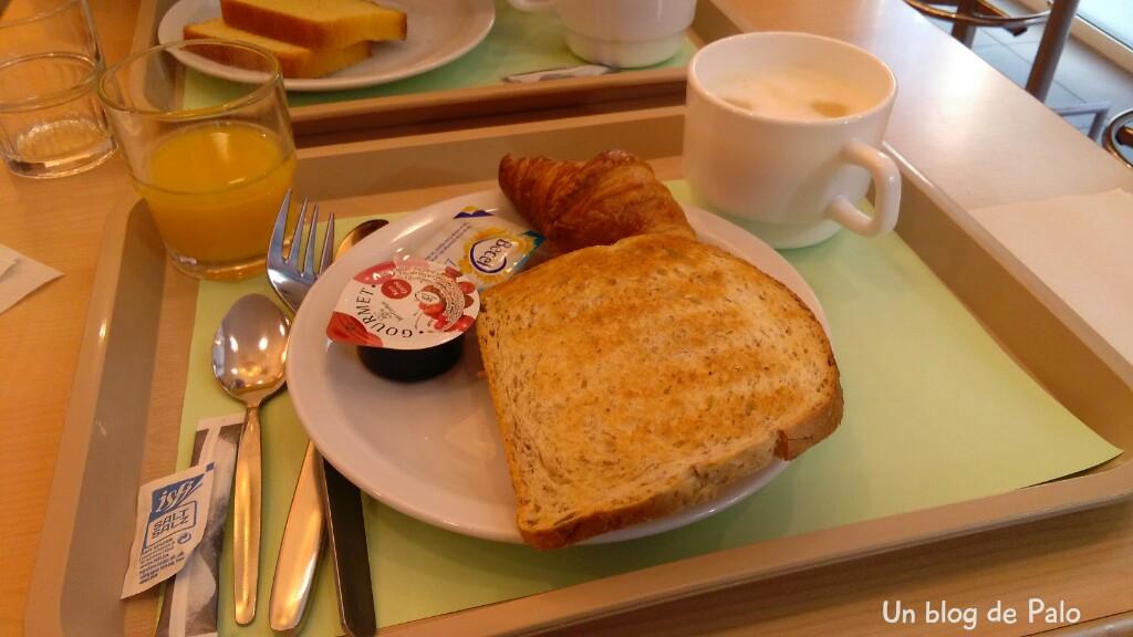 Hotel Ibis Gante desayuno_wm