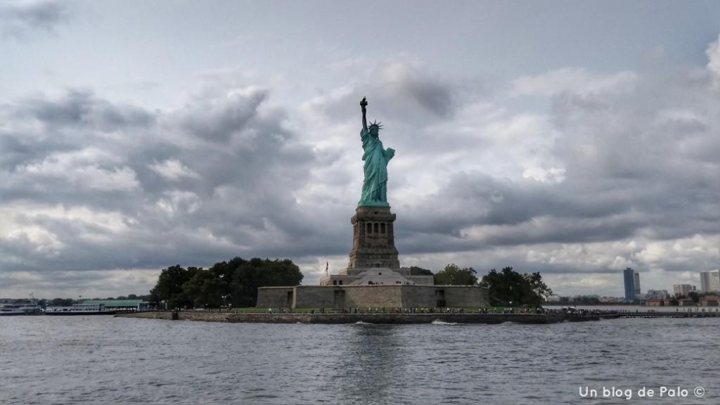 Vistas desde el crucero a la Estatua de la Libertad