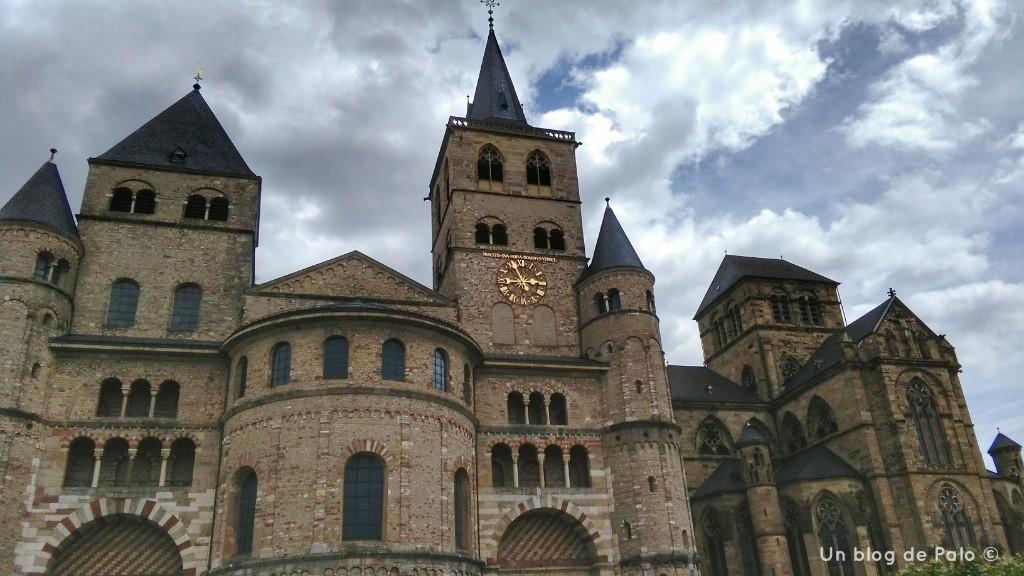 Exterior de la Catedral de San Pedro en Trier