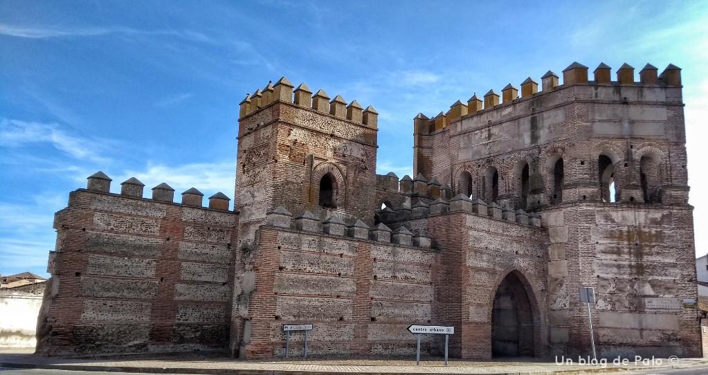 Puerta de Cantalapiedra en Madrigal de las Altas Torres (4)