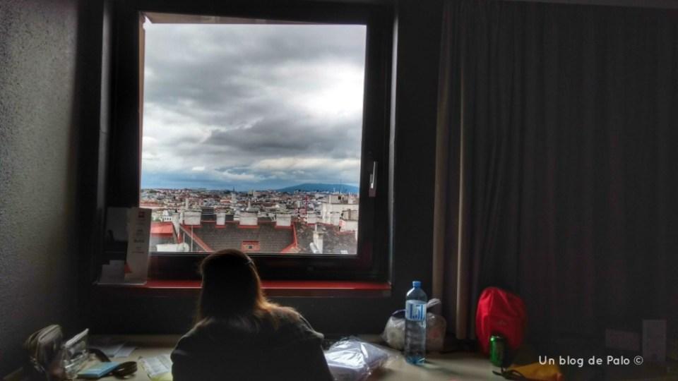 Ibis Wien Mariahilf zona de trabajo en la habitación