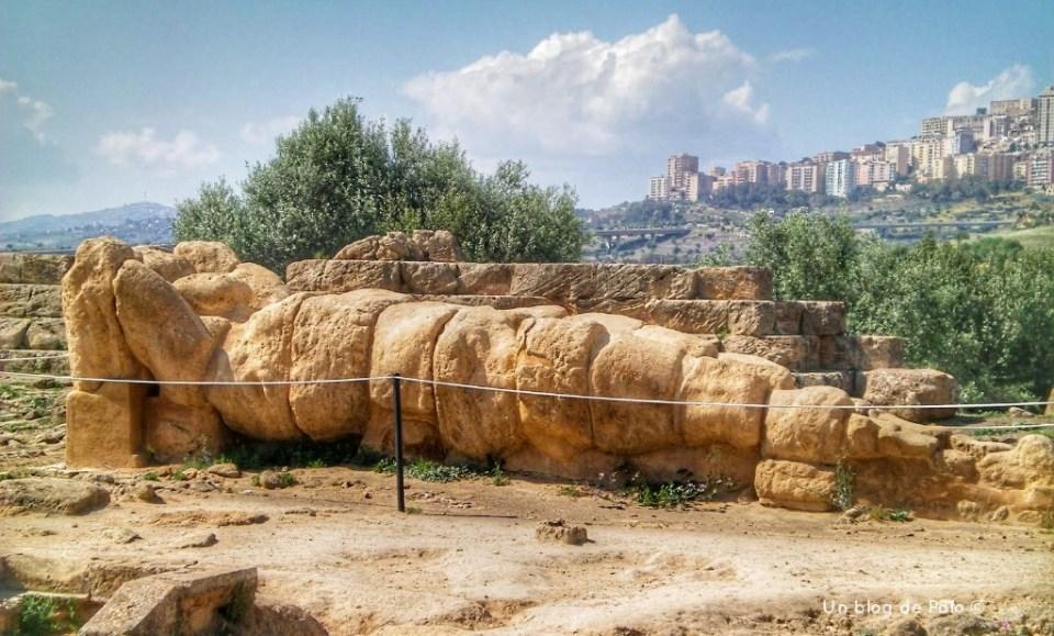 Los atlantes en el Valle de los Templos, Sicilia