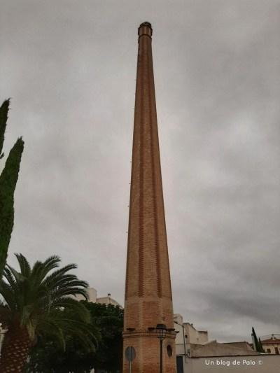 Una de las chimeneas de Tomelloso