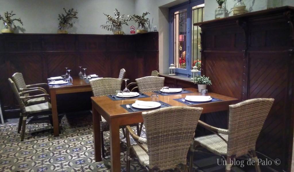 Interior del restaurante Casa Patacona