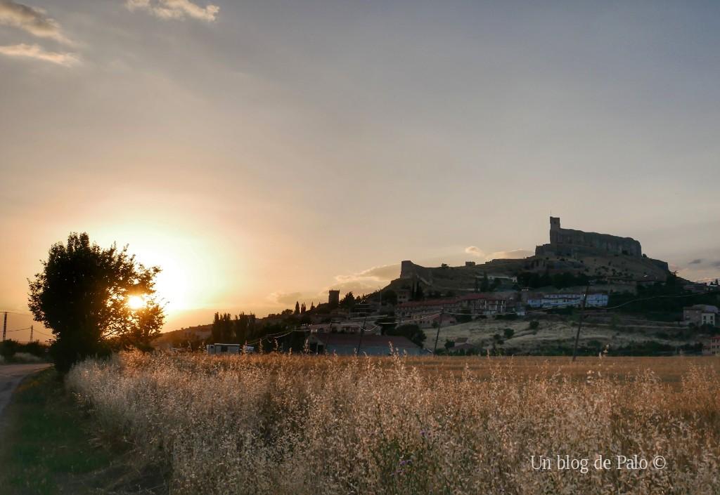 Vistas de Atienza y el castillo al atardecer