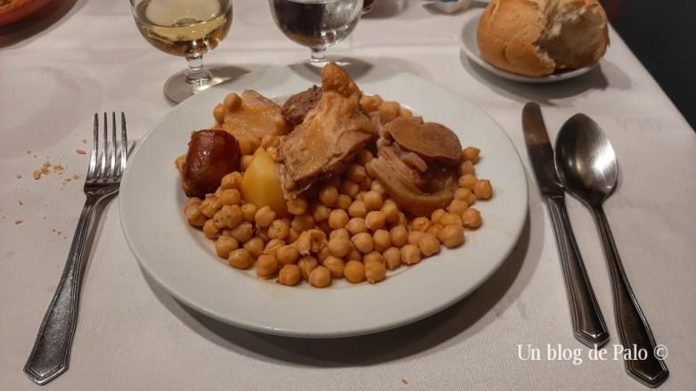 Cocido madrileño en el Restaurante La Bola en Madrid