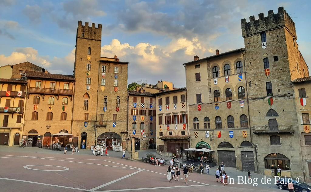 La famosa y cinematográfica plaza de Arezzo