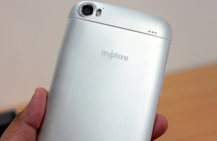 Time to finally unbox this brand new phablet from MyPhone!