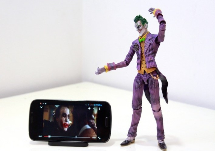 Perfect for watching movies. Hey that's the Joker! A different kind though. :/