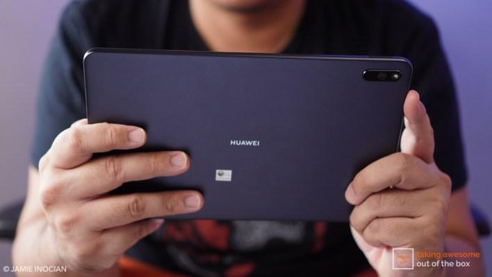 Huawei smartphone laptop freebies