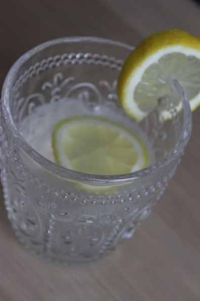 verre de citron