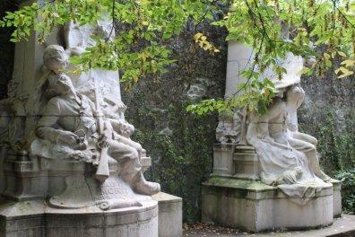 Monument aux morts à Coutances