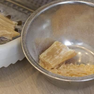 Anti-pucerons avec du savon de Marseille en paillettes
