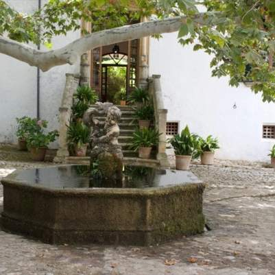 Fontaine de la clastra des jardins d'Alfàbia