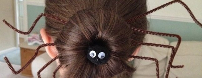 Spider bun using pipecleaners