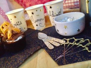 bonfire-night-hot-chocolate-cups-and-sparklers