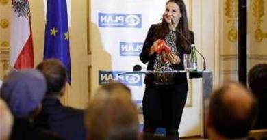 UNCAV – Vorstandsmitglied Ursula Hofmeister wurde mit dem Kinderrechte Medien-Preis ausgezeichnet!