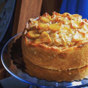 Melrose Apple Cake