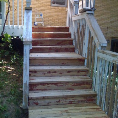 Deck prepping for stain