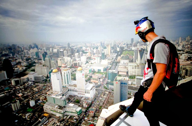 How This Kindergarten Teacher Leveraged His Side-Hustle To Become a Pro BASE Jumper For RedBull