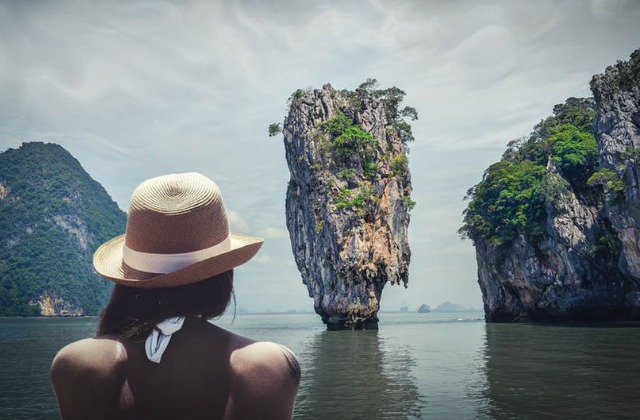 Millennials, Here's How To Use Your Instagram Account To Travel The World For Free