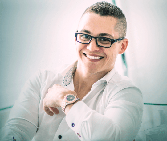 Ep 254: How To Roll with the Punches and Come Out Successful with Dan Henry