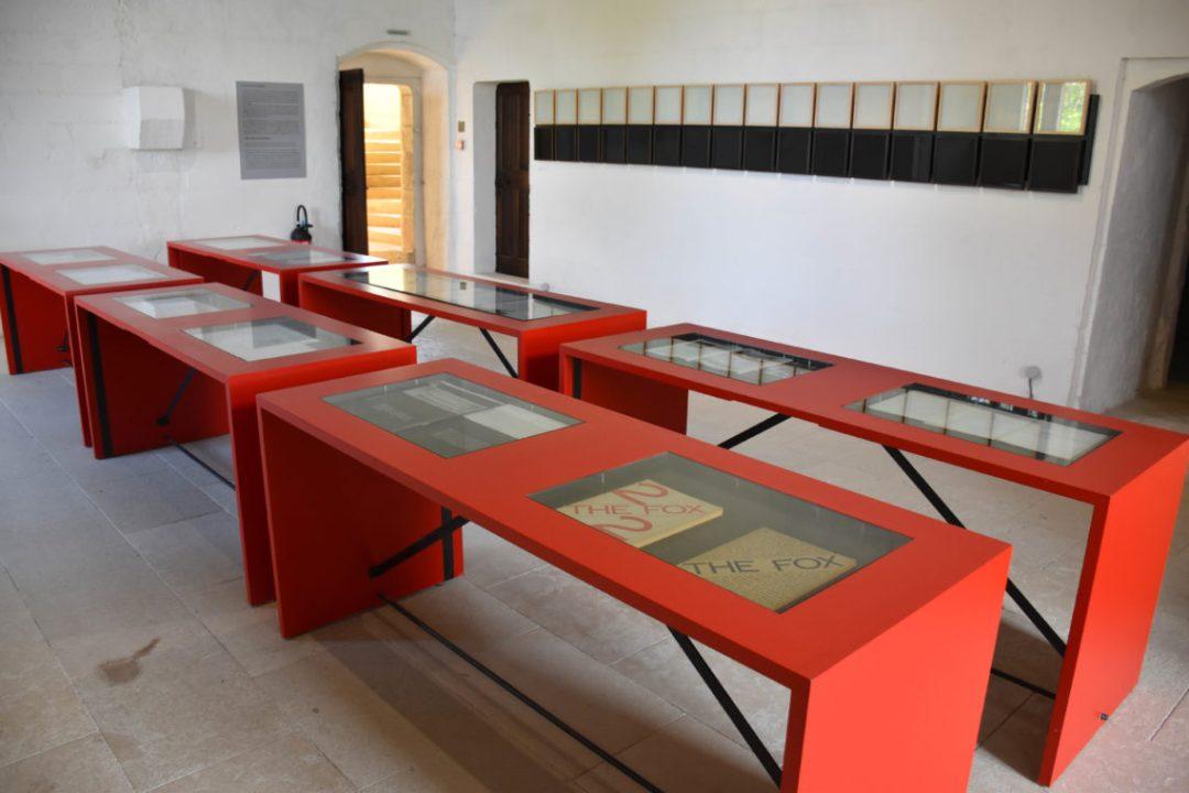 Art contemporain à l'intérieur du chateau de Montsoreau