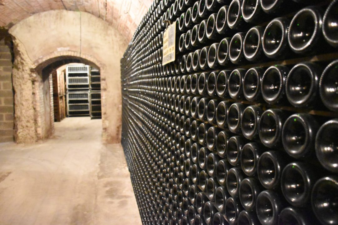 Bouteilles de champagne domaine Paques et Fils à Reims