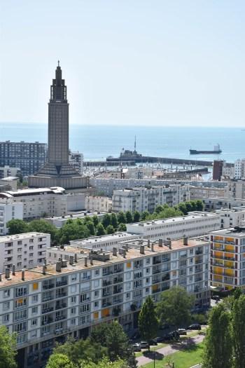 Vue sur le Havre et son église saint Joseph