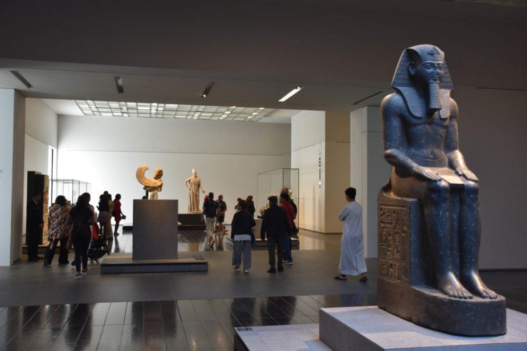 Intérieur musée du Louvre d'Abu Dhabi